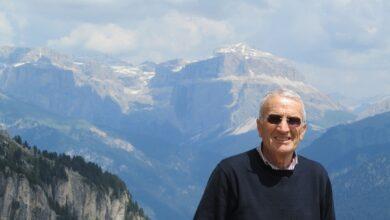 Photo of Giuseppe Clemente, Presidente Onorario del CRD – Storia Capitanata Riconoscimento per i vent'anni alla guida del Centro di Ricerca